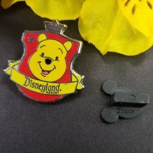 4/$25 Disneyland Resort Winnie Pooh Pin